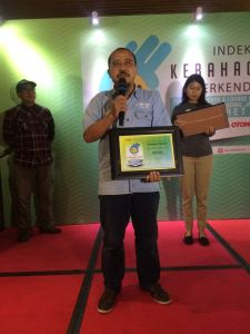 Mohammad Masykur Asisten GM Marketing PT Yamaha Indonesia Motor Manufacturing dalam seremoni Indeks Kebahagiaan Berkendara Award 2016